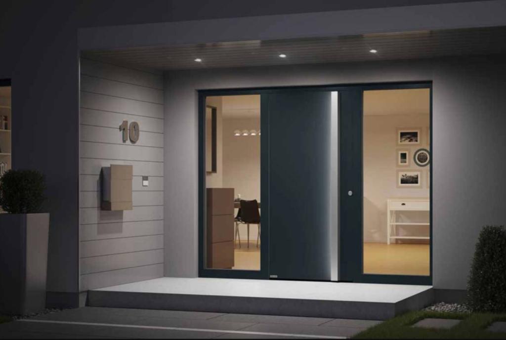 securite porte lyon 1024x688 - Sécuriser ses fenêtres pour réduire  les risques de cambriolage