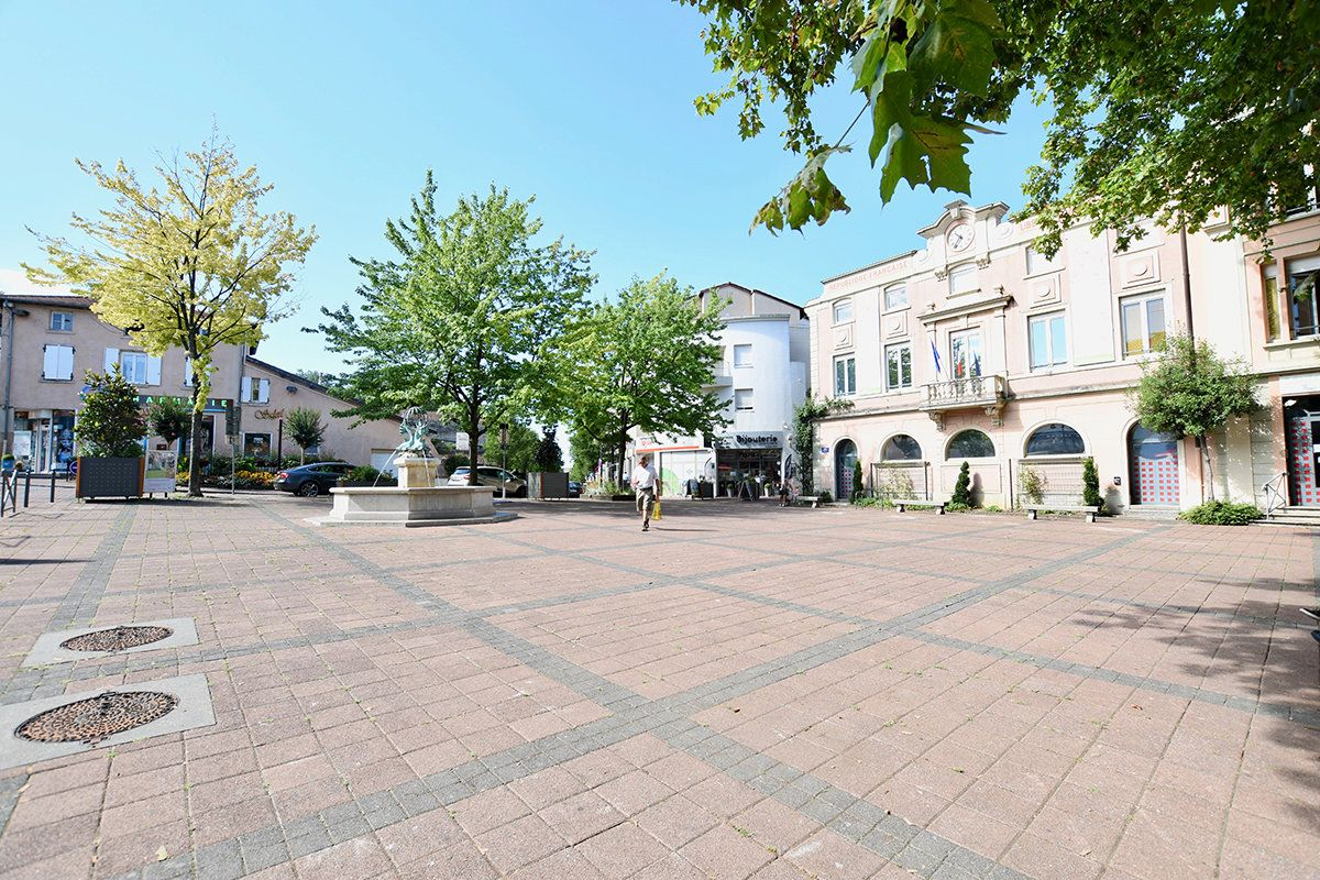 5c4f06cf0fb3a saintpriest village secteur quartier orpi achat vente estimation immobiliere - Fenêtres Saint-priest
