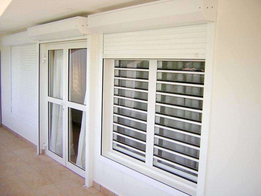 fenêtre 1024x768 - Les avantages des fenêtres vitrées à jalousies
