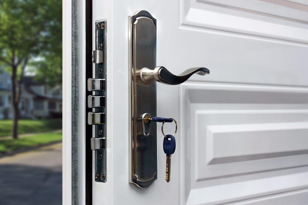 Porte blindée prix 1024x683 1 - Pose en rénovation d'une porte blindée