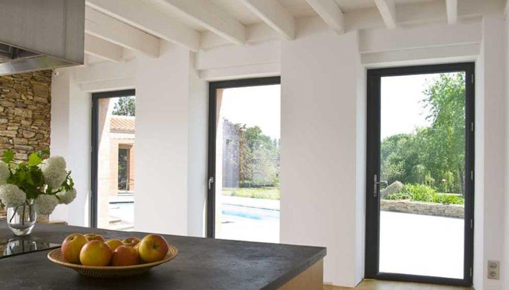 fenetre 1024x584 - Combien faut-il de fenêtres dans une maison ?